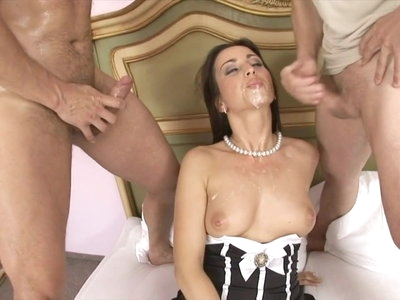 Big Ass Maid gets a double Penetration