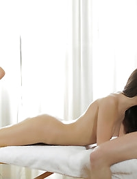 22758 - Nubile Films - Smooth Moves