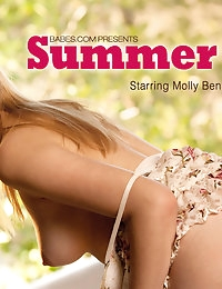 Molly Bennett Pictures in Summer Dress photo #3
