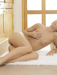 Nubile Films - Pretty Pussy photo #16