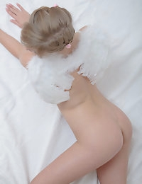 Lovely nude angel photo #15