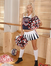 Cheerleader Fingers Herself photo #2