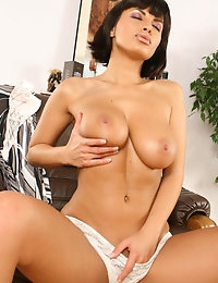 Veronica Vanoza Pictures @ Viewpornstars.com photo #4