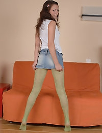 nylonsweeties.com - Lita photo #2
